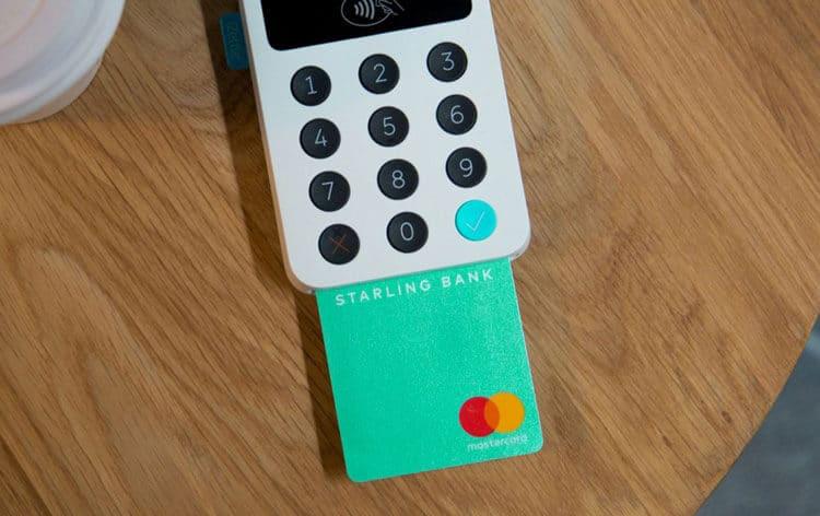 Starling Bank предложил инновационный подход к дизайну банковских карт